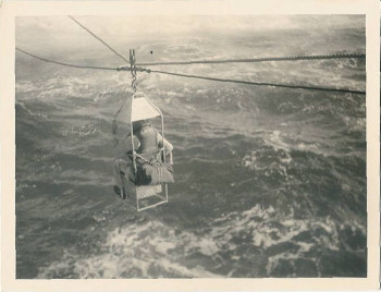 A personnel transfer at sea in 1951 (lst1126.com)