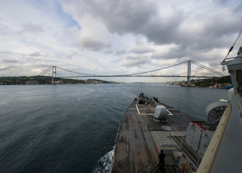 USS Ross (DDG-71) transits the Bosphorus Strait June 3, 2015, after completing routine operations in the Black Sea. (U.S. Navy photo by Mass Communication Specialist 3rd Class Robert S. Price).