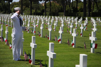 Sailors commemorate Memorial Day.